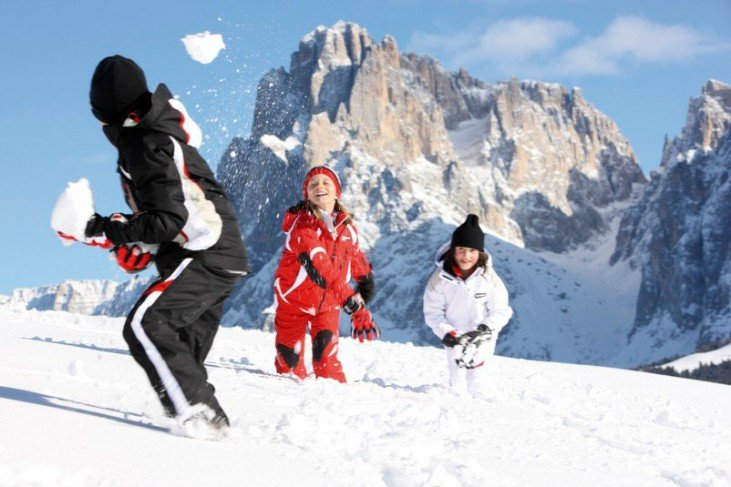 Winter fun away from the slopes – The ski area Alpe di Siusi has to offer so much more!